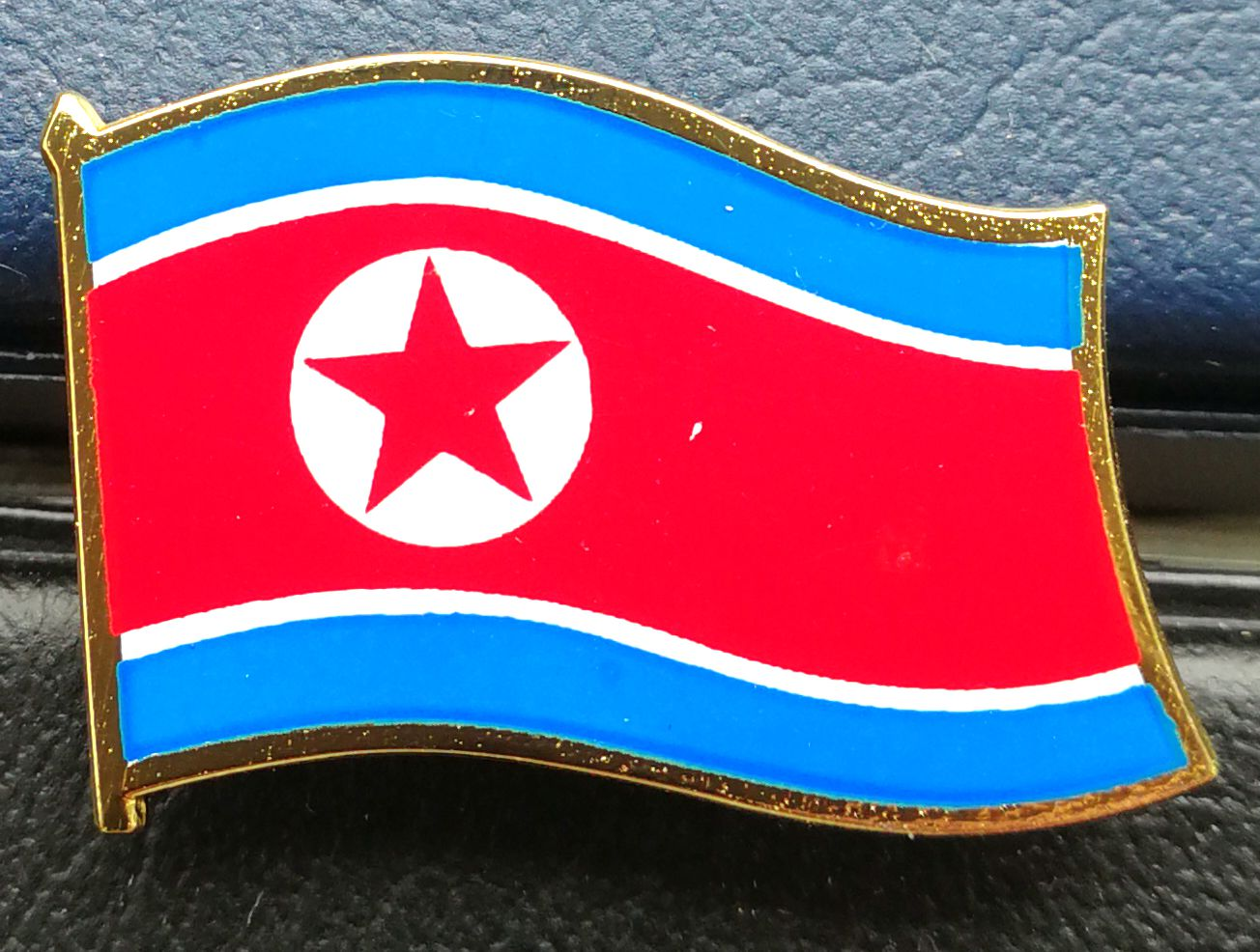L5486, Korean National Flag Pin, Medal